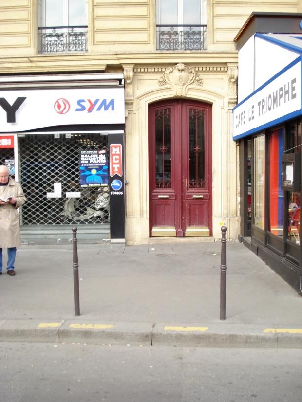 Number 8 Avenue de la Grande Armee