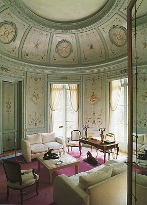 Princesse de Polignac's music room (courtesy of The Blue Lantern blogspot)
