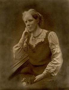 Rhoda Anstey (1865-1936) [courtesy of ConnectingHistories)