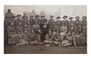Girton and Newnham Unit of the Scottish Women's Hospitals about to embark on board ship at Liverpool, October 1915. Photo courtesy of Royal College of Physicians and Surgeons of Glasgow Archive