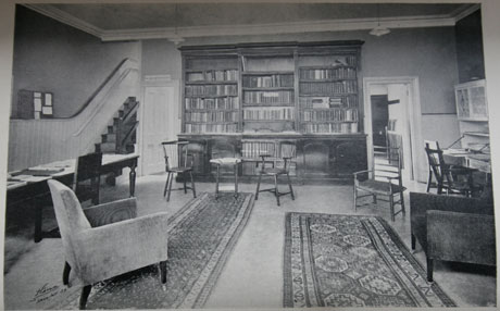 The Library at Women's Service House, 1924 © & source The Women's Library