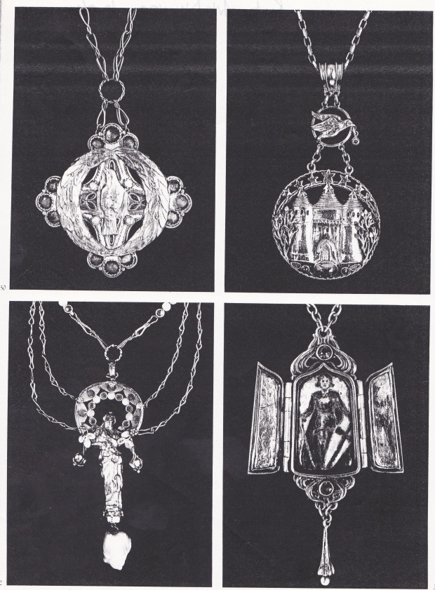 Lena's bird pendant as illustrated in V. Becker, 'Art Nouveau Jewelry', 1985