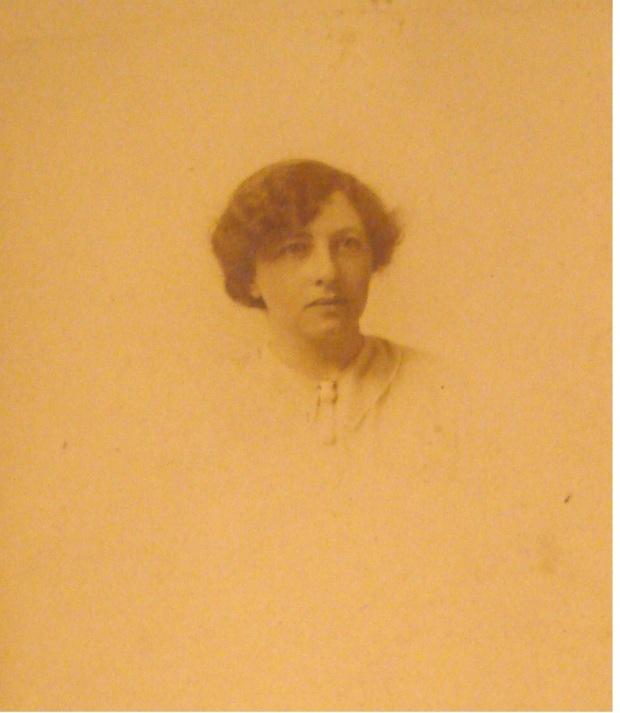 Kate c. Christmas 1914