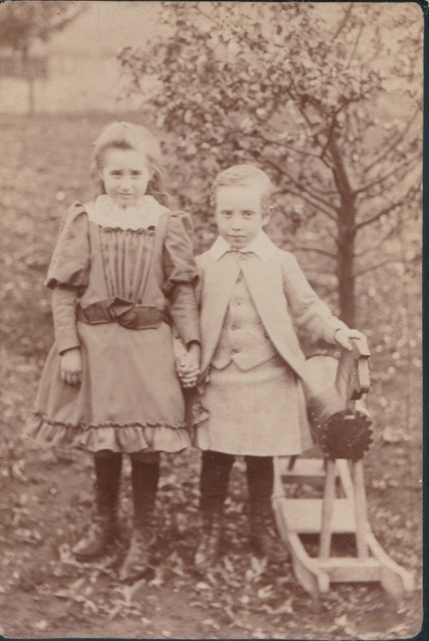 Margaret and William Dowie - the deserted children - c 1893