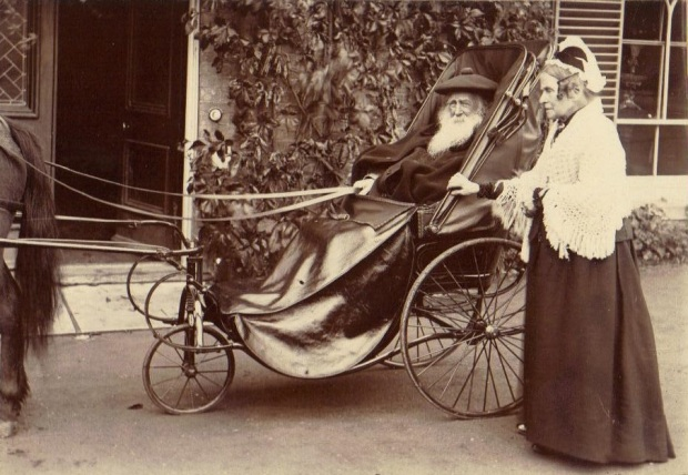 Louisa and Newson Garrett in old age
